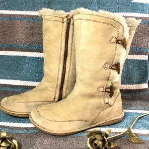 Born tall winter shearling boots 10 beige